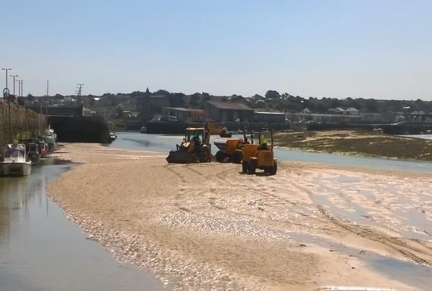 Mechanical dredging has started in Hayle Estuary | Photo by Lauren Bambury, assistant harbour maste